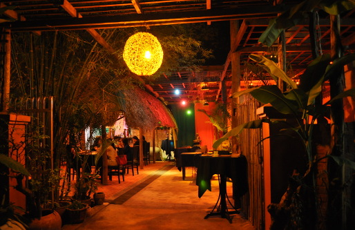 The Touich Restaurant bar No_1